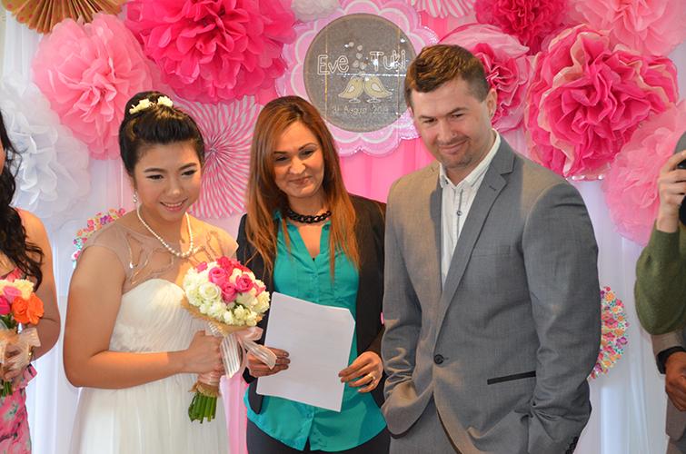 thai weddings wedding celebrant