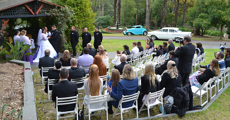 weddings in melbourne civil marriage celebrant