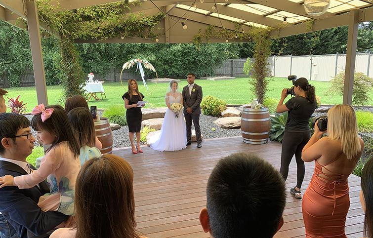 melbourne back yard wedding marriage celebrant