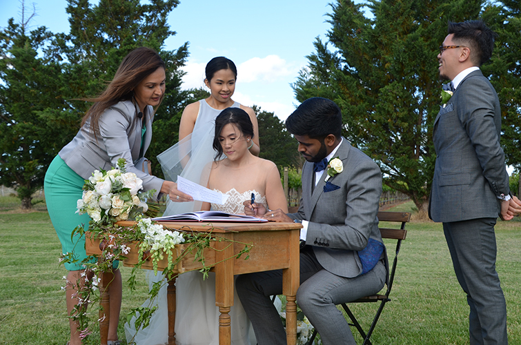 south eastern suburbs marriage celebrant melbourne